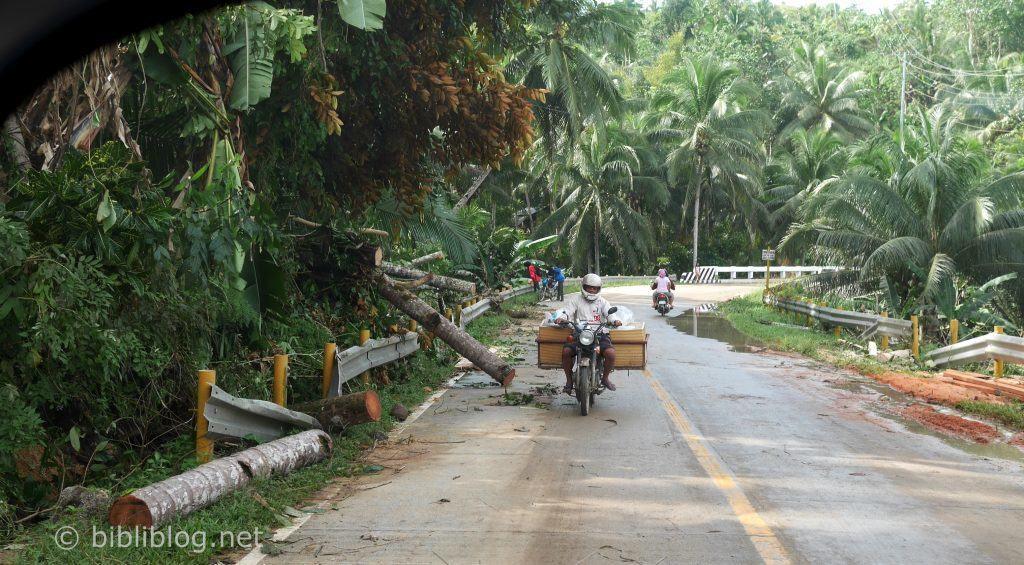 road-philippines