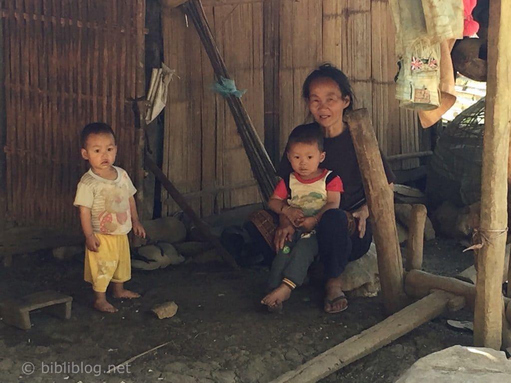 famille-lao