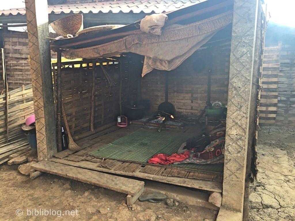interieur-maison-laos