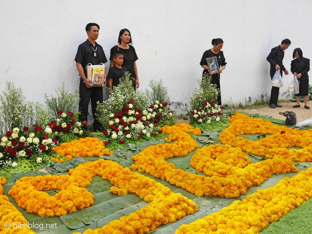 Thaïlande Bangkok palais impérial dévotion