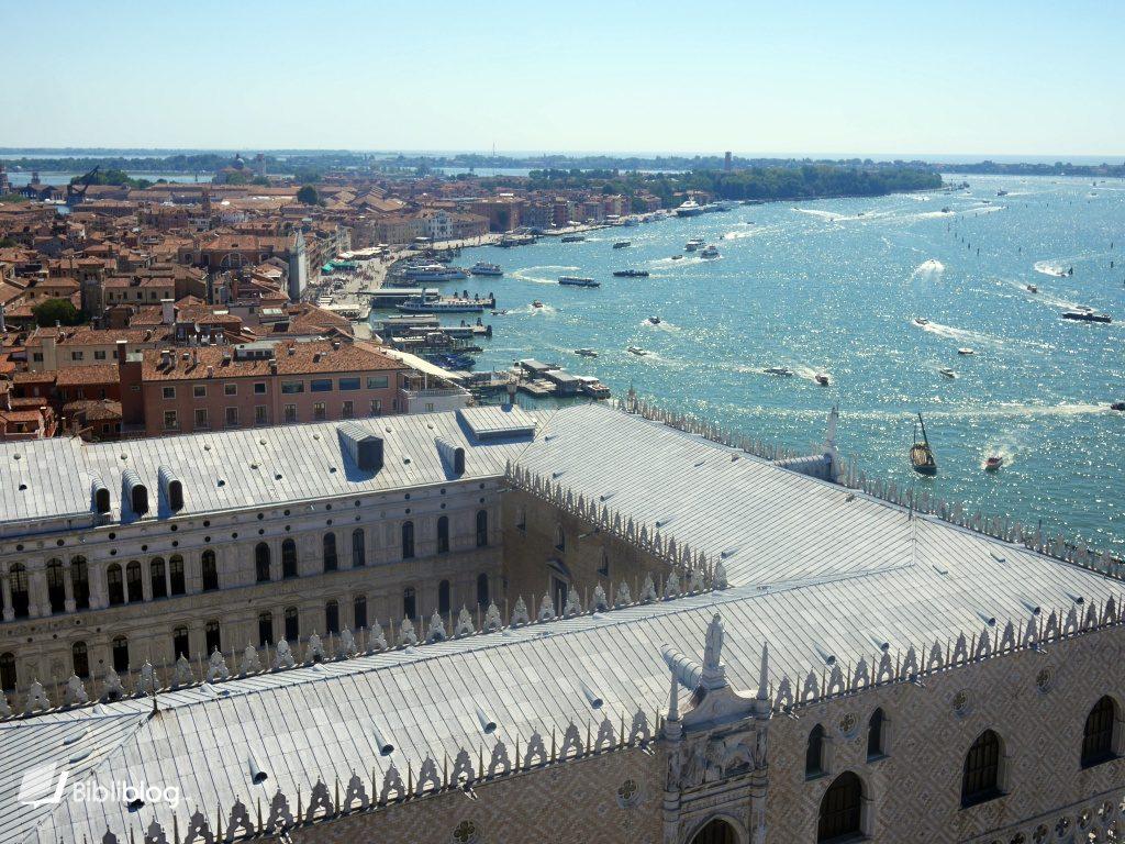 venise-vue-campanile-palais-doges-lagune